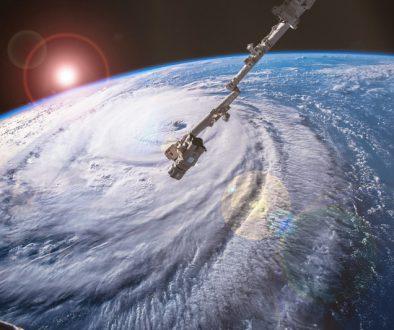 【勞工政策】在超強颱風後公布「極端情況」